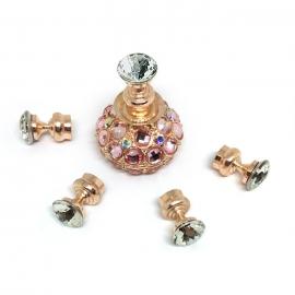 Soporte con brillantes para practicar decoraciones en tips. Color: rosa