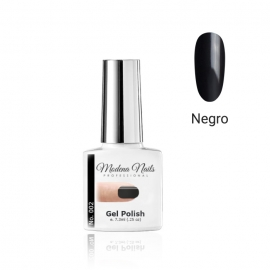 Esmalte semipermanente Modena Nails. 7,3ml. Color: negro. Número: 002