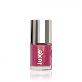 Esmalte tradicional para uñas Luxe Nails. Color: rosa fucsia. Número: NP21. 9ml