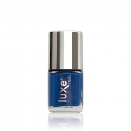 Esmalte tradicional para uñas Luxe Nails. Color: azul. 9ml