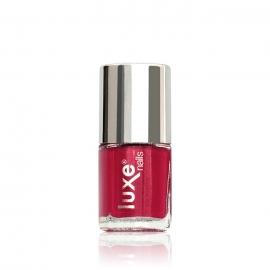 Esmalte tradicional para uñas Luxe Nails. Color: fresa. 9ml