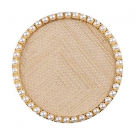 Expositor para tips decorados. Fondo con textura y marco dorado con perlas