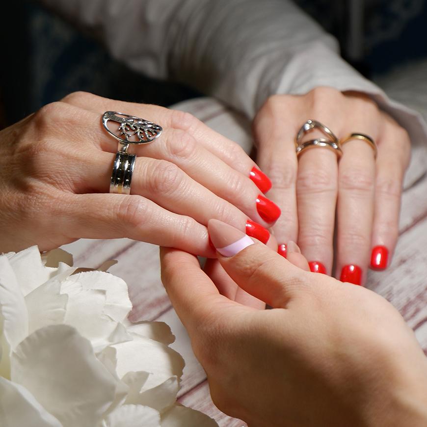 Cursos de uñas en Valencia y toda España con Yuliya Novikava